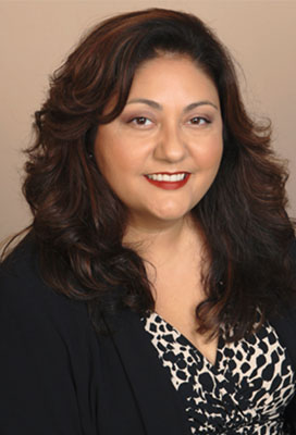 Noemi Dedouh is the claims manager and claims counsel at Alliant National.